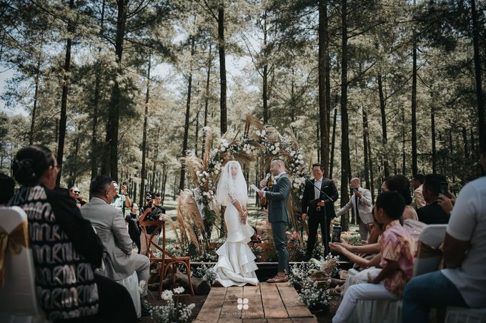 Wedding Day by Daniel S - Anthony & Amelia by Miracle Photography - 016