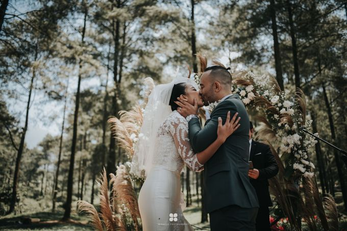 Wedding Day by Daniel S - Anthony & Amelia by Miracle Photography - 018