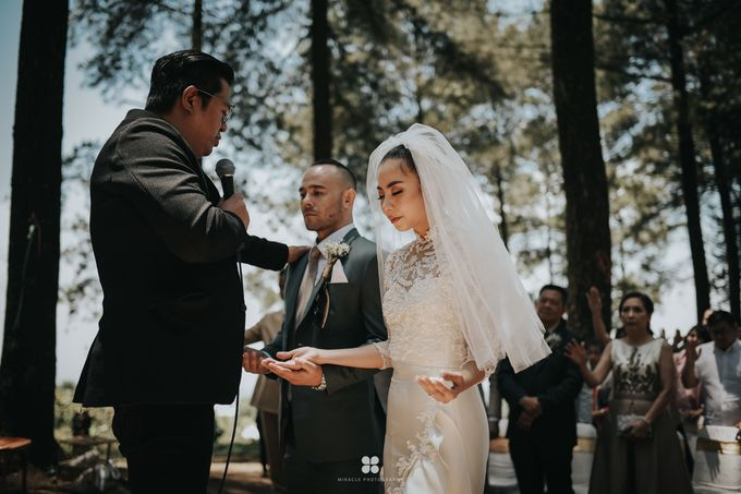 Wedding Day by Daniel S - Anthony & Amelia by Miracle Photography - 019