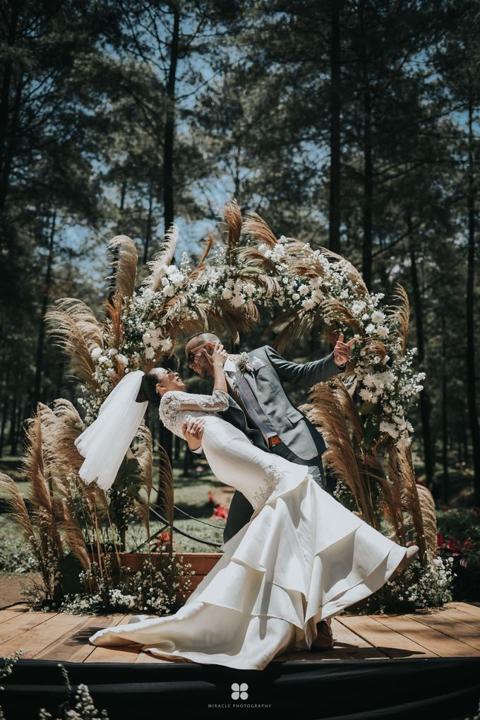 Wedding Day by Daniel S - Anthony & Amelia by Miracle Photography - 022