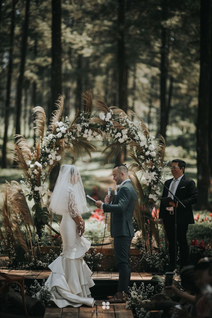 Wedding Day by Daniel S - Anthony & Amelia by Miracle Photography - 038