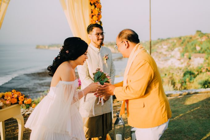 The Beautiful Multicultural Wedding of George & Yaya by d'Oasis Florist & Decoration - 009