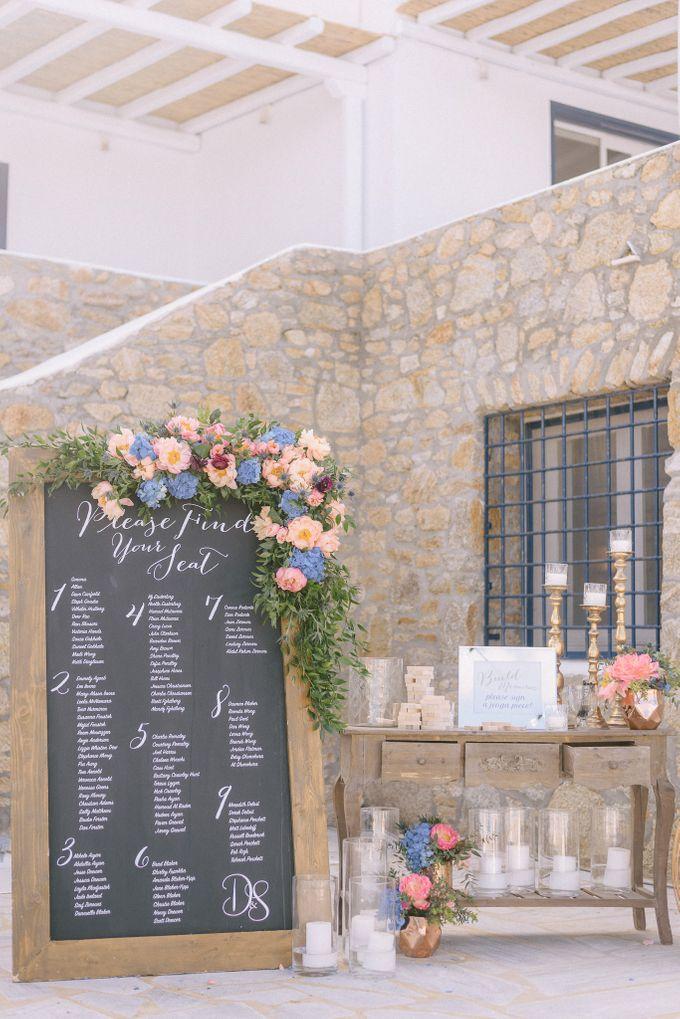 An amazing wedding in Mykonos by Elias Kordelakos - 018