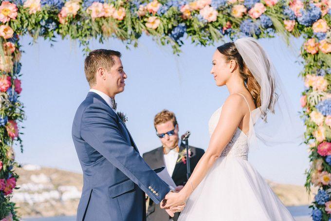 An amazing wedding in Mykonos by Elias Kordelakos - 028