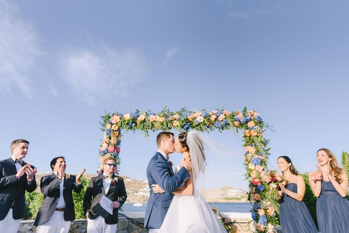 An amazing wedding in Mykonos by Elias Kordelakos - 029