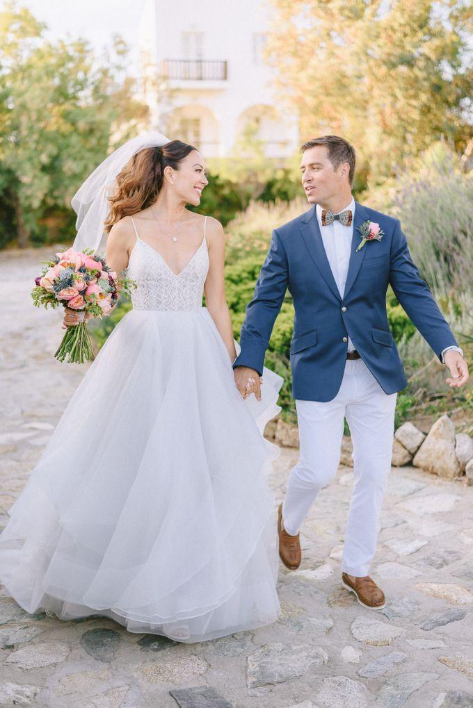 An amazing wedding in Mykonos by Elias Kordelakos - 034