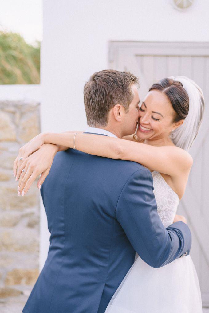 An amazing wedding in Mykonos by Elias Kordelakos - 037