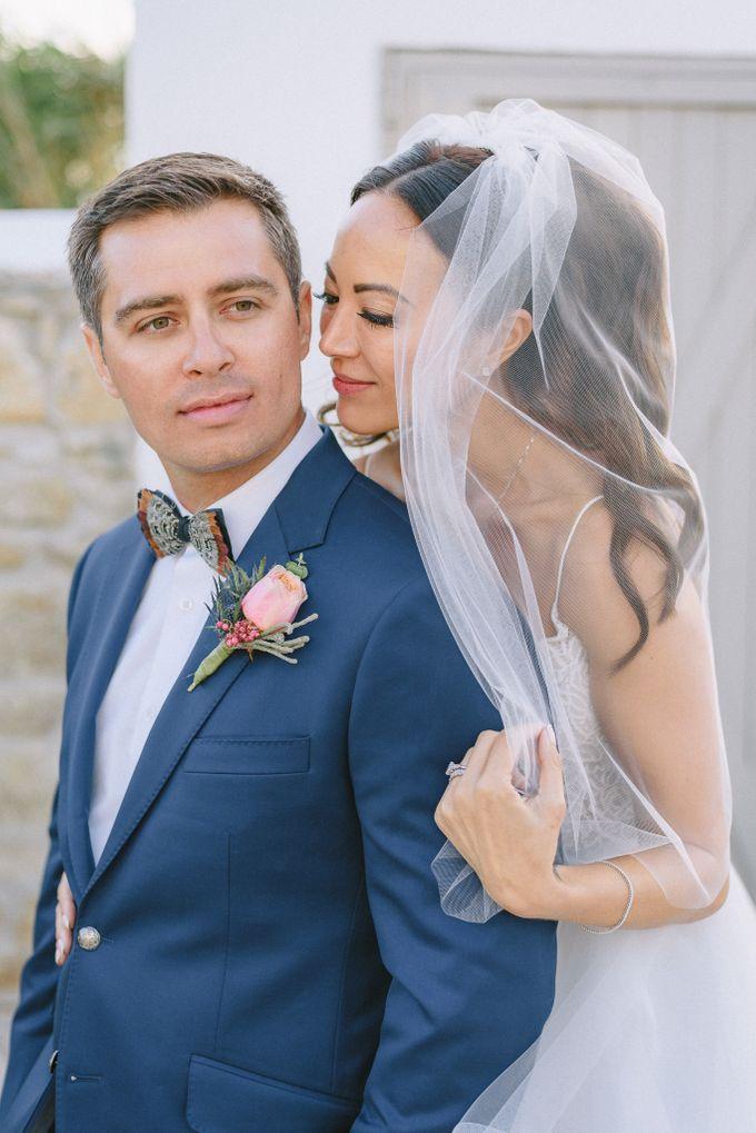 An amazing wedding in Mykonos by Elias Kordelakos - 038