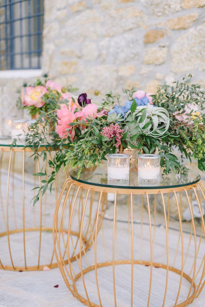 An amazing wedding in Mykonos by Elias Kordelakos - 042