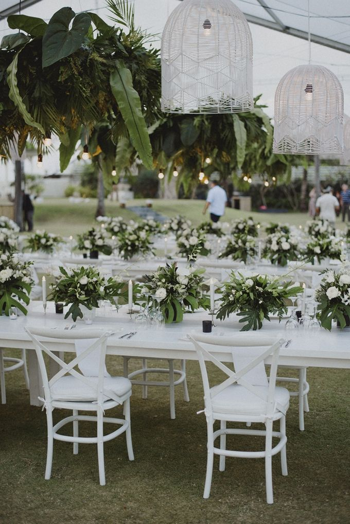 Modern Tropical Wedding by DIJON BALI CATERING - 004