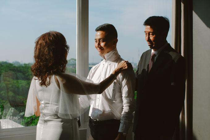 William & Cindy Groom Preparation by Irish Wedding - 004