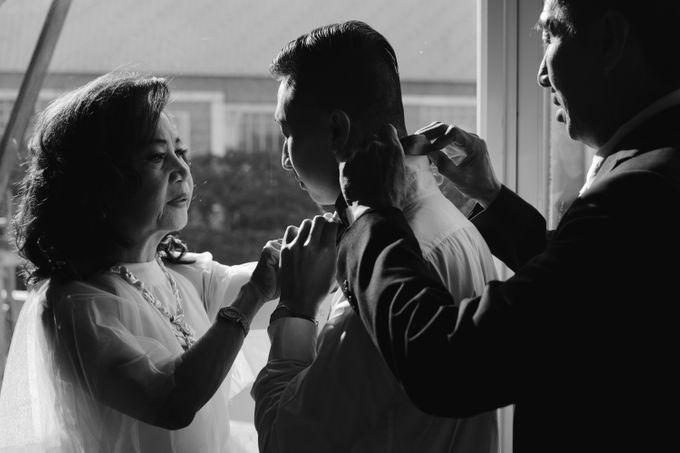 William & Cindy Groom Preparation by Irish Wedding - 007