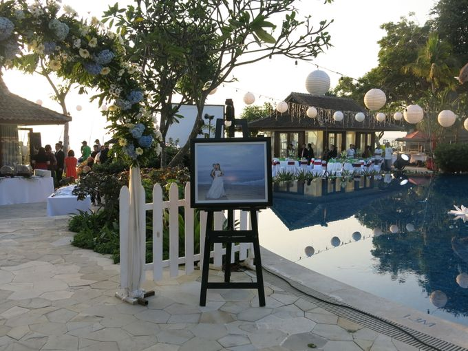 Wonderfull beach wedding at Senggigi beach - Lombok by Sudamala Resorts - 010