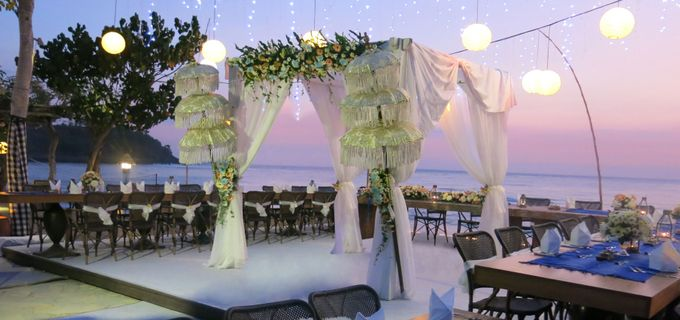 Wonderfull beach wedding at Senggigi beach - Lombok by Sudamala Resorts - 013