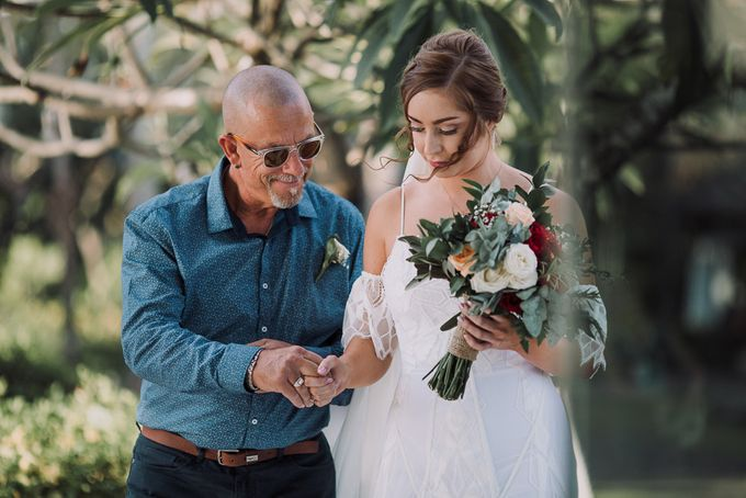 SEMINYAK BALI WEDDING by Maxtu Photography - 010