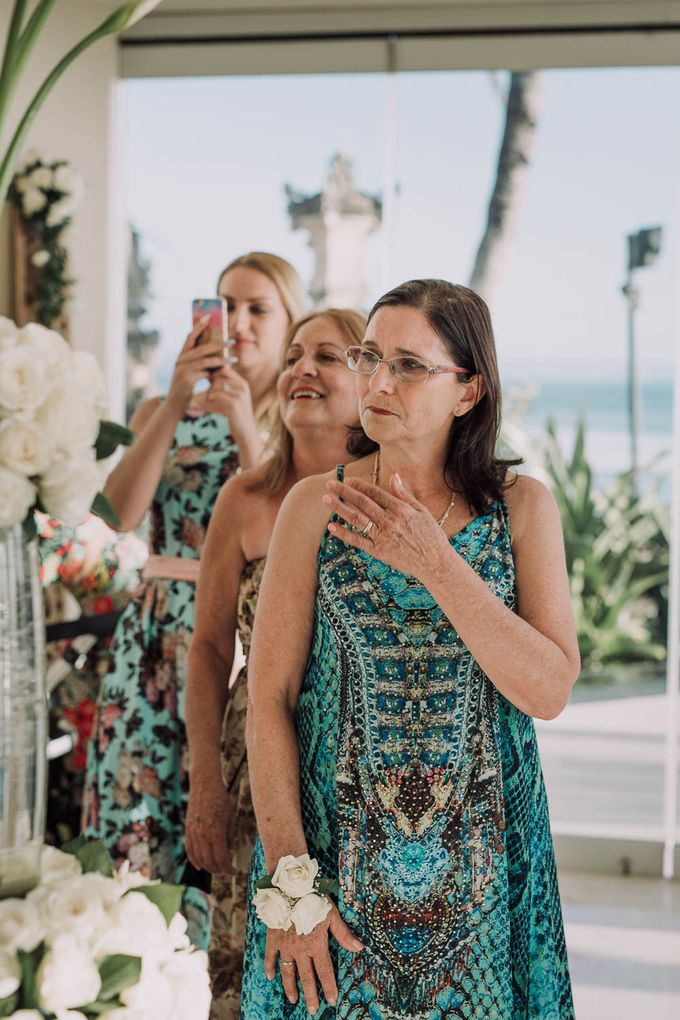 SEMINYAK BALI WEDDING by Maxtu Photography - 011