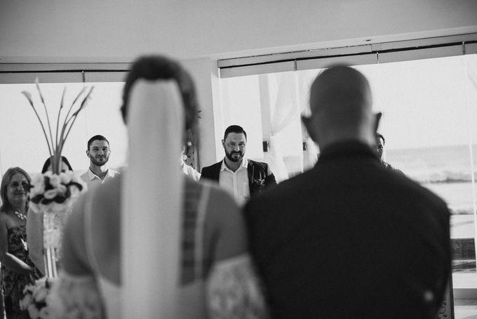 SEMINYAK BALI WEDDING by Maxtu Photography - 012