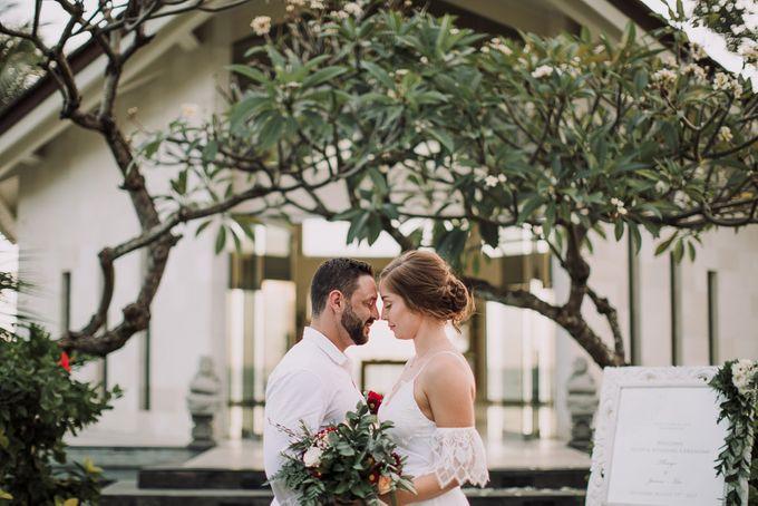 SEMINYAK BALI WEDDING by Maxtu Photography - 017