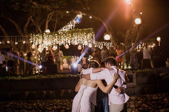 SEMINYAK BALI WEDDING by Maxtu Photography - 035