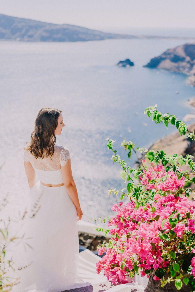 Elopement in Santorini by Elias Kordelakos - 012