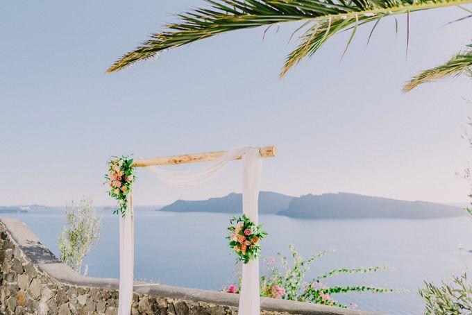 Elopement in Santorini by Elias Kordelakos - 028