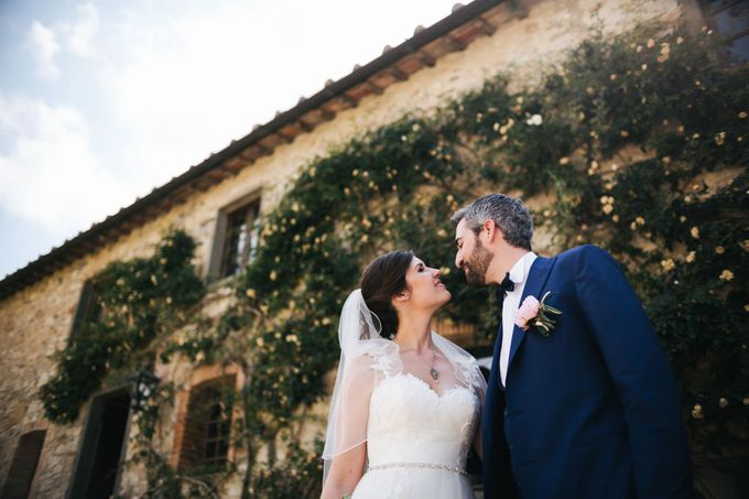 Tuscan Wedding at castello di Spltenna by Laura Barbera Photography - 015