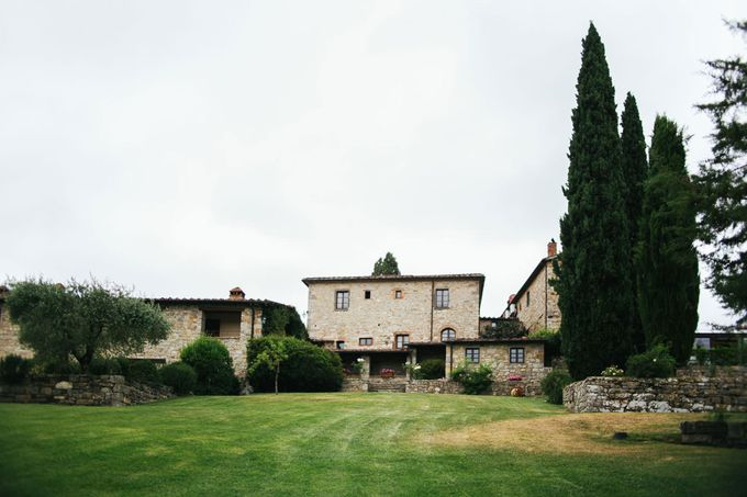 Tuscan Wedding at castello di Spltenna by Laura Barbera Photography - 001