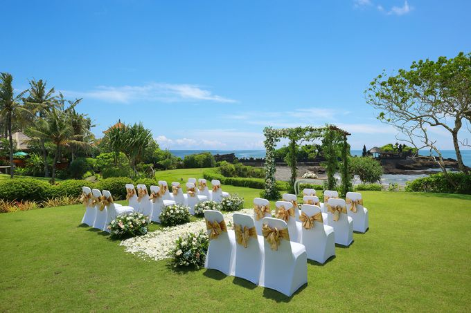 GOLD WEDDING PACKAGE by IMPIANA PRIVATE VILLAS CEMAGI - 011