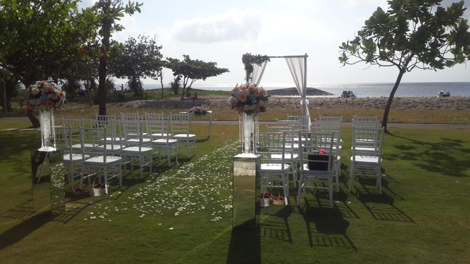 Garden & Beach Wedding by Holiday Inn Resort Baruna Bali - 009