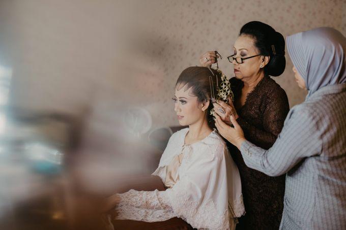 Wedding Stevanni & Seno at Klub Kelapa Gading by Mamie Hardo - 004