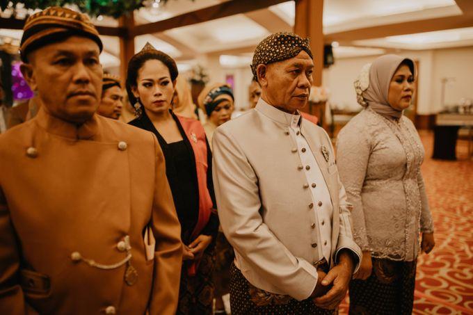 Wedding Stevanni & Seno at Klub Kelapa Gading by Mamie Hardo - 010