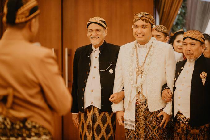 Wedding Stevanni & Seno at Klub Kelapa Gading by Mamie Hardo - 013