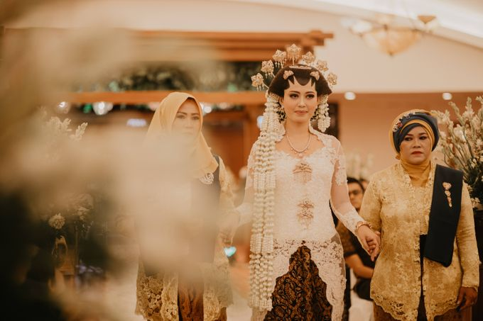 Wedding Stevanni & Seno at Klub Kelapa Gading by Mamie Hardo - 016