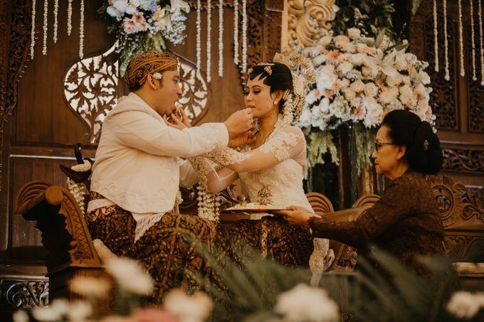 Wedding Stevanni & Seno at Klub Kelapa Gading by Mamie Hardo - 020