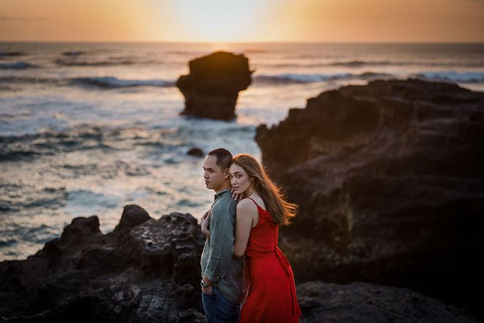 Black sand beach and cliff bali by Maxtu Photography - 036
