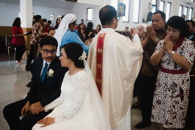 Tika and Kiki  | WEDDING by MERAWI - 020