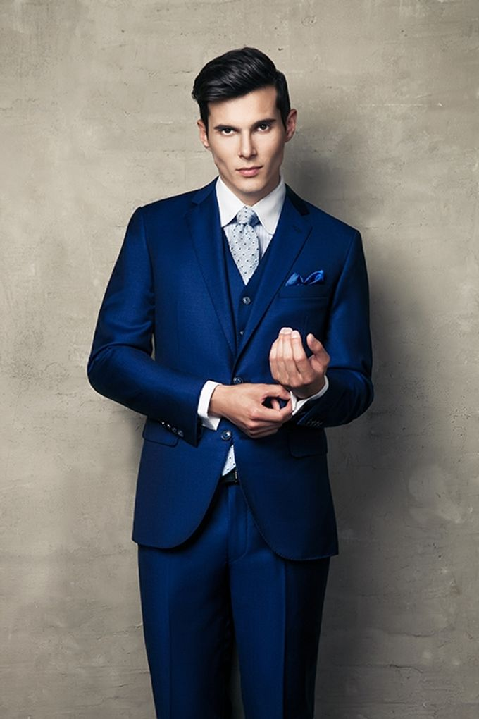A BESPOKE ROYAL BLUE WEDDING SUIT by The Bespoke Club - 001