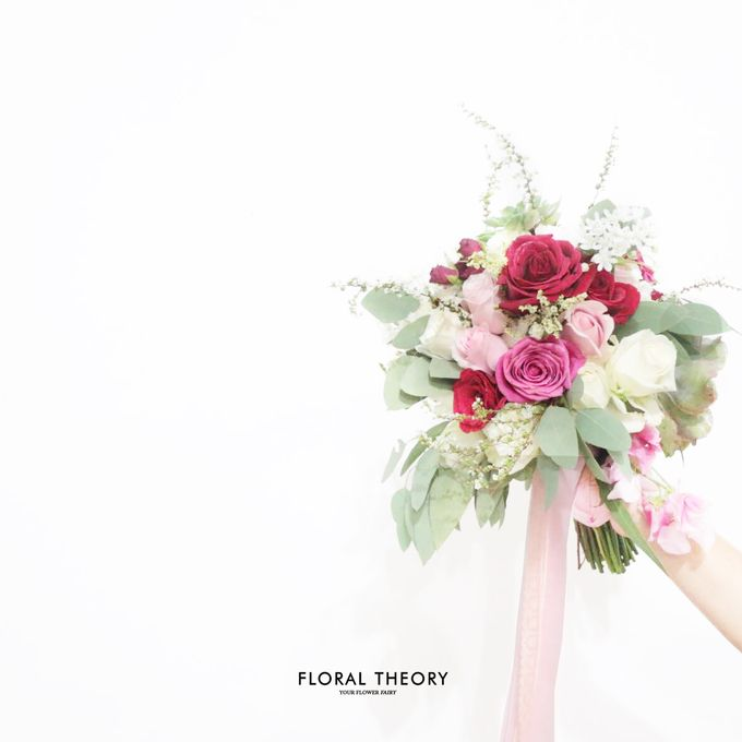 Wedding Bouquet Mrs Rativ by Floral Theory - 001