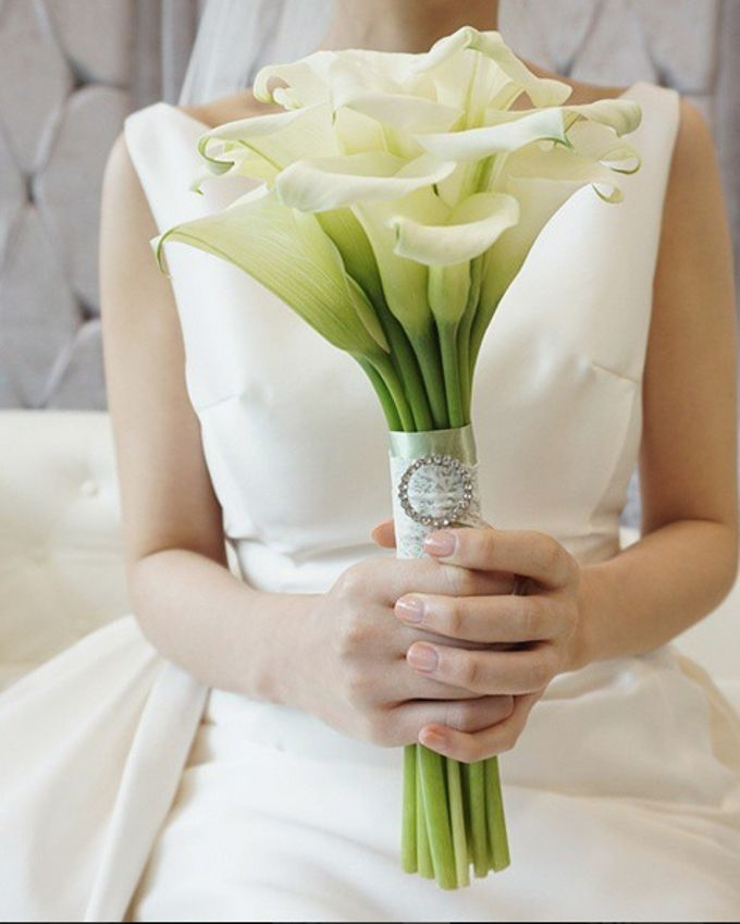 Wedding Bouquet by La Belle Vie flower - 008