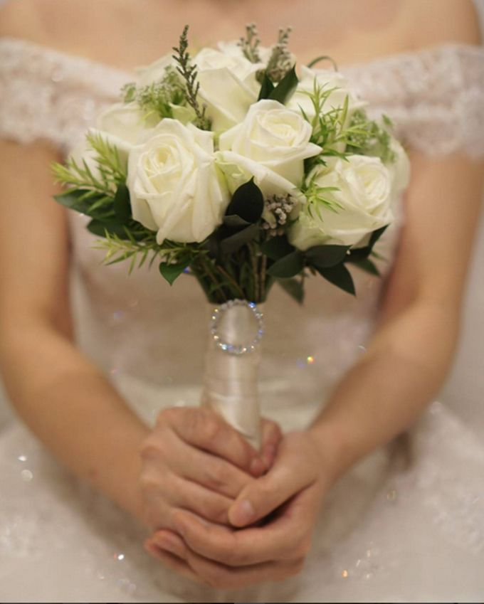 Wedding Bouquet by La Belle Vie flower - 005