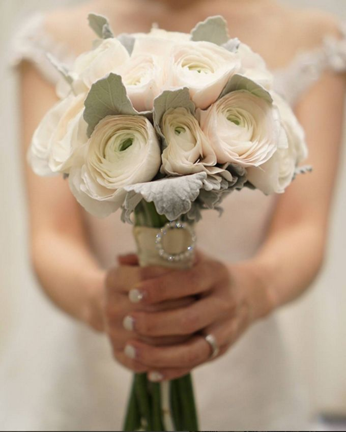 Wedding Bouquet by La Belle Vie flower - 007