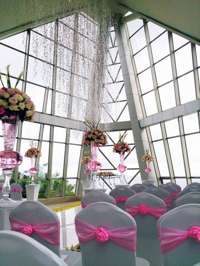 Pearl Chapel by Samabe Bali Suites & Villas - 010