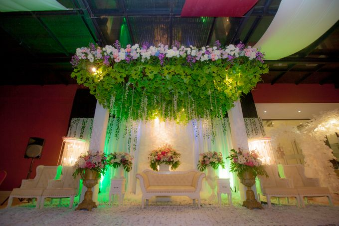 Wedding Hegarmanah Music & Lounge by Padjadjaran Suites resort & Convention - 005