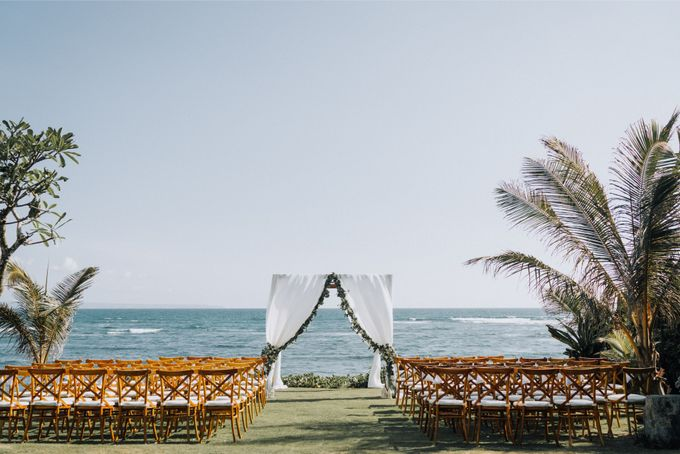 Simple Tropical Summer Wedding at Taman Ahimsa Bali by Silverdust Decoration - 009