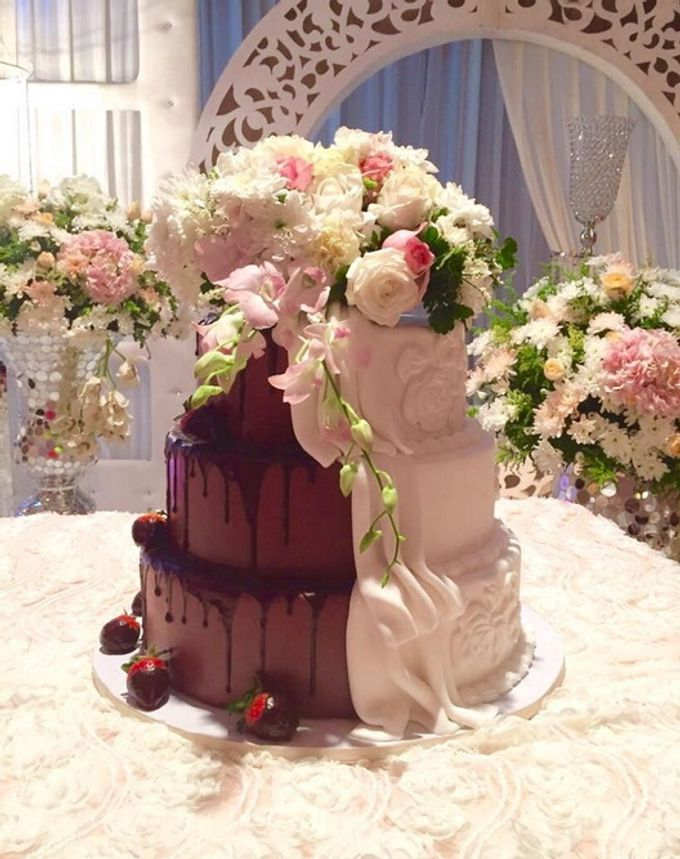 a glimpse of  my  works by In the Clouds Cakes & Events - 005