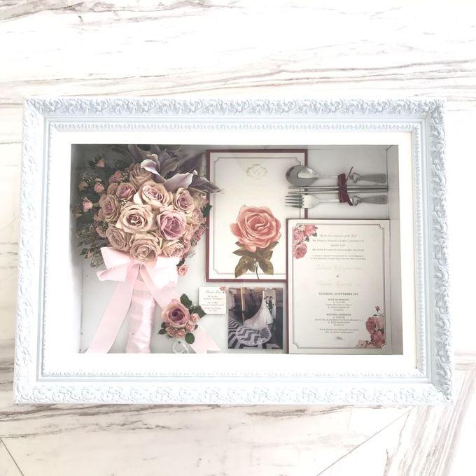 Edwin & Ivana Pinkish Bouquet by CONSERVÉ FLOWER PRESERVATION - 001