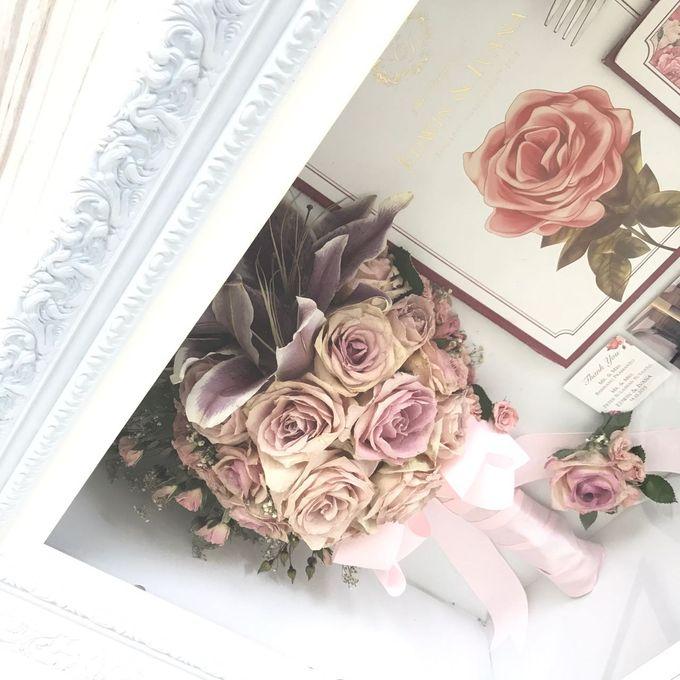 Edwin & Ivana Pinkish Bouquet by CONSERVÉ FLOWER PRESERVATION - 003