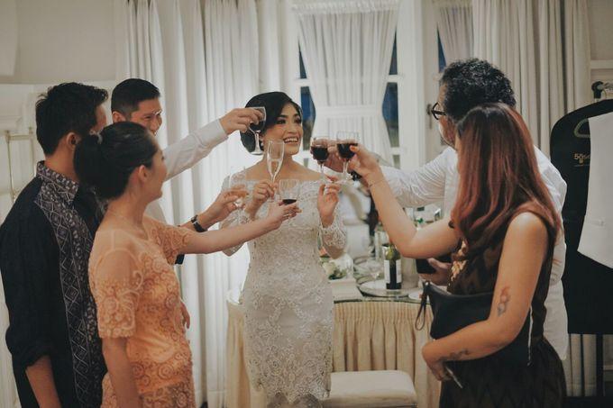 WEDDING CEREMONY OF ANGGINA & JUSTIN by Barli Asmara Couture - 015
