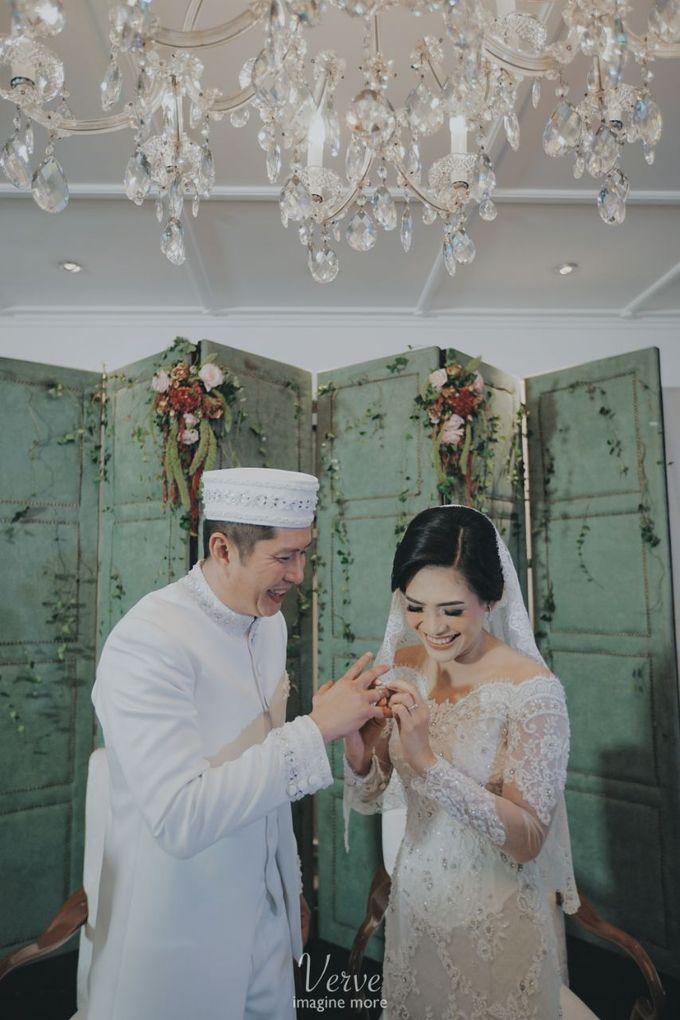WEDDING CEREMONY OF ANGGINA & JUSTIN by Barli Asmara Couture - 003
