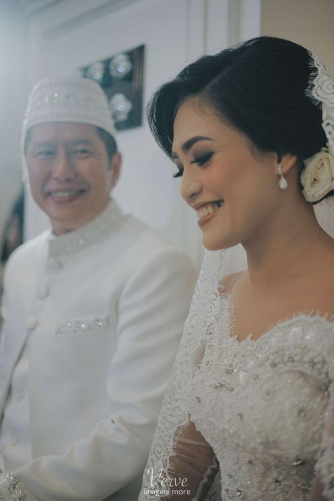 WEDDING CEREMONY OF ANGGINA & JUSTIN by Barli Asmara Couture - 004